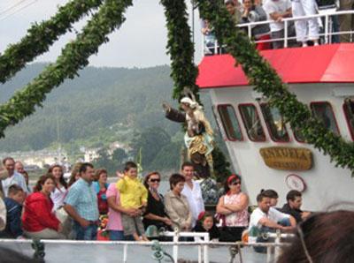 O Anxuela, barco portador da Virxe.jpg
