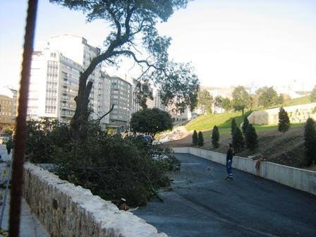 Parque de Oza. 05-04-10. Fina Roca. 007.jpg