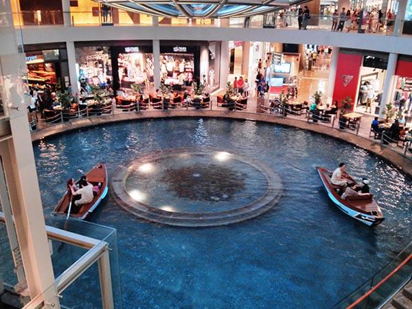 IMG_20130331_130223, el metro en Singapur.jpg